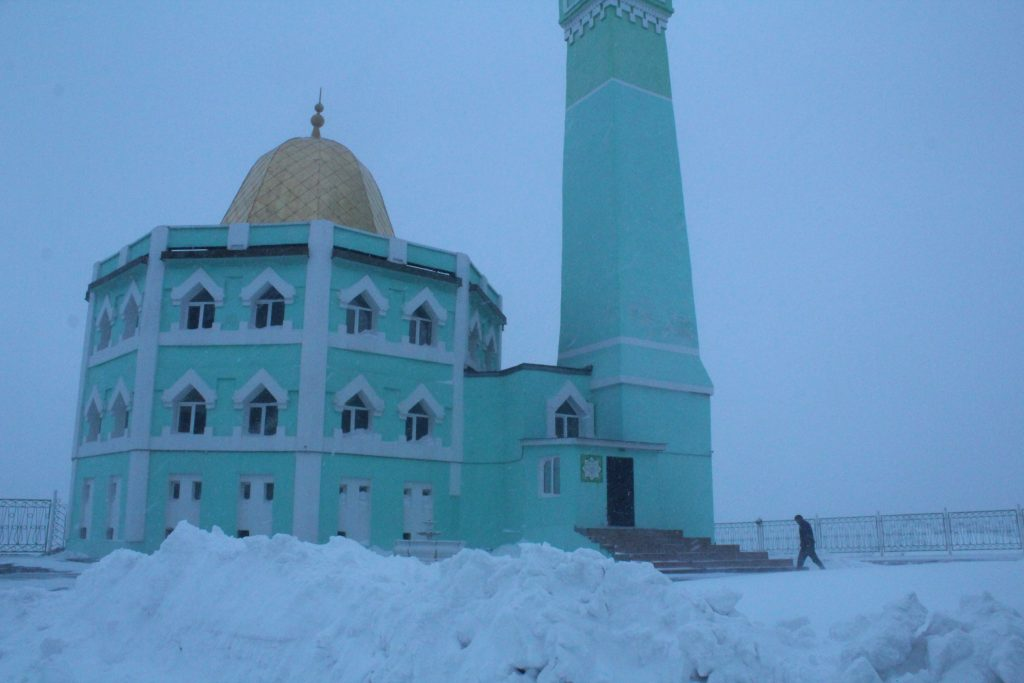 nord-komal-mosque-russia-winter