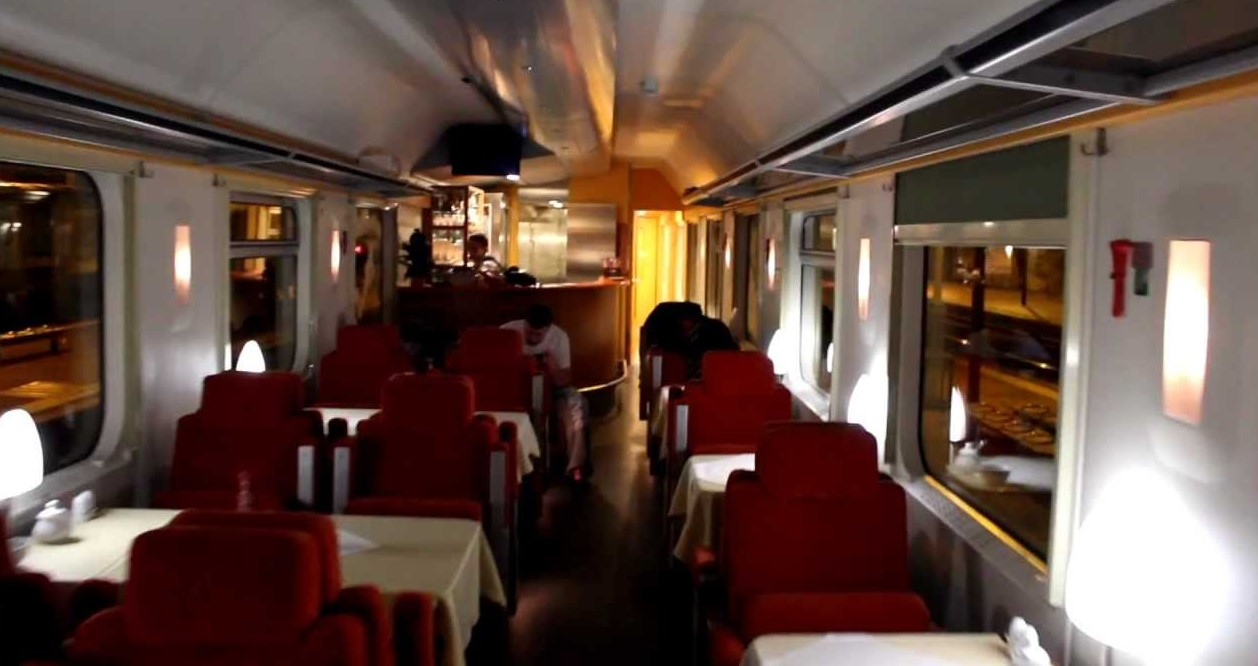 russian train restaurant car
